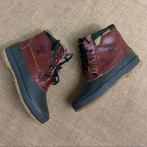 Bass leather duck thermolite boots size 5